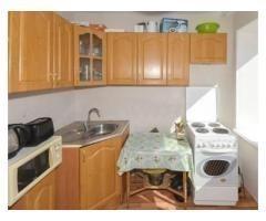 Продаётся однокомнатная квартира в Орджоникидзевском районе. Комната 18,7 кв. м. с выходом на лоджию
